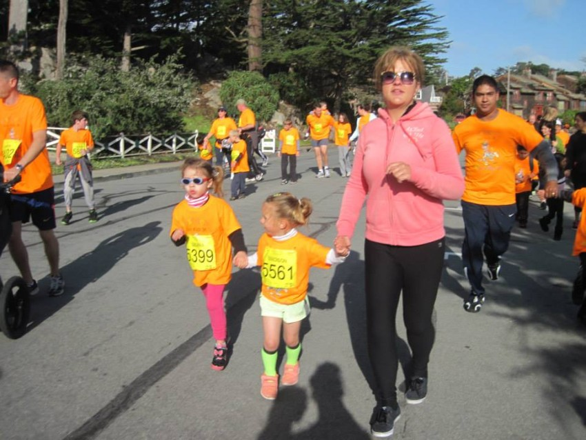 My Bariatric Life running my first 3k with my granddaughter and her friend.